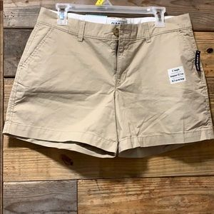 Old navy short size 10 NEW